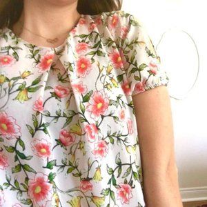 Monteau pretty pink floral blouse, sleeve cut-outs